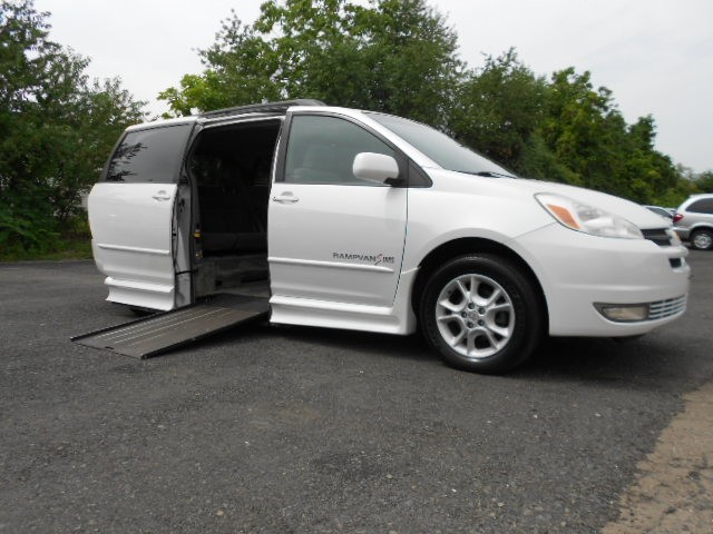 2004 Toyota Sienna XLE Wheelchair van for sale in Connecticut. IMS Rampvan (Infloor)