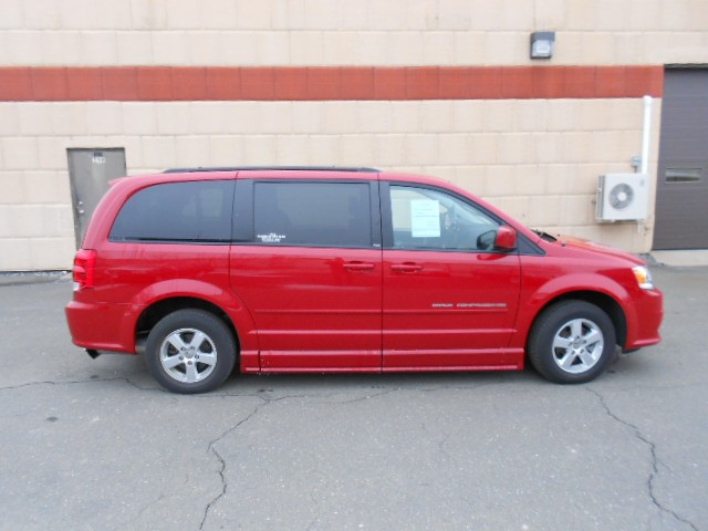 2013 Dodge Grand Caravan SXT Wheelchair van for sale in Connecticut. BraunAbility CompanionVan RE