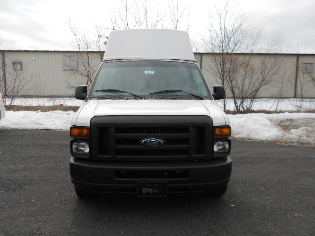 2009 Ford E-Series Van E-250 Wheelchair van for sale in Connecticut. ADA BUS