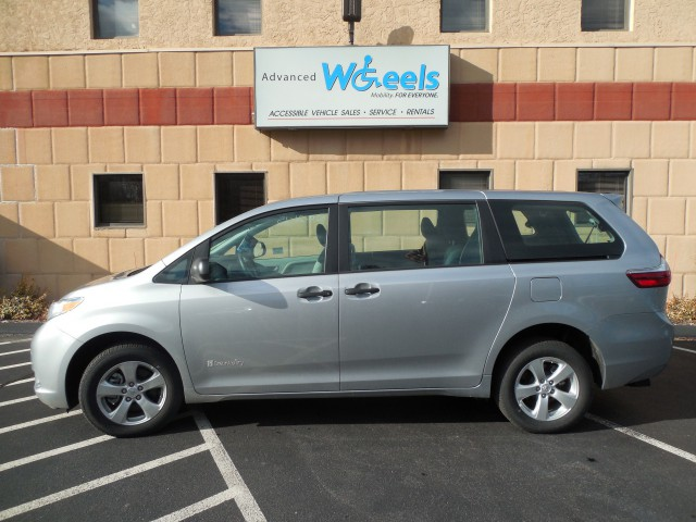 2015 Toyota Sienna Wheelchair van for sale in Connecticut. Commercial Vans Toyota Manual Rear Entry